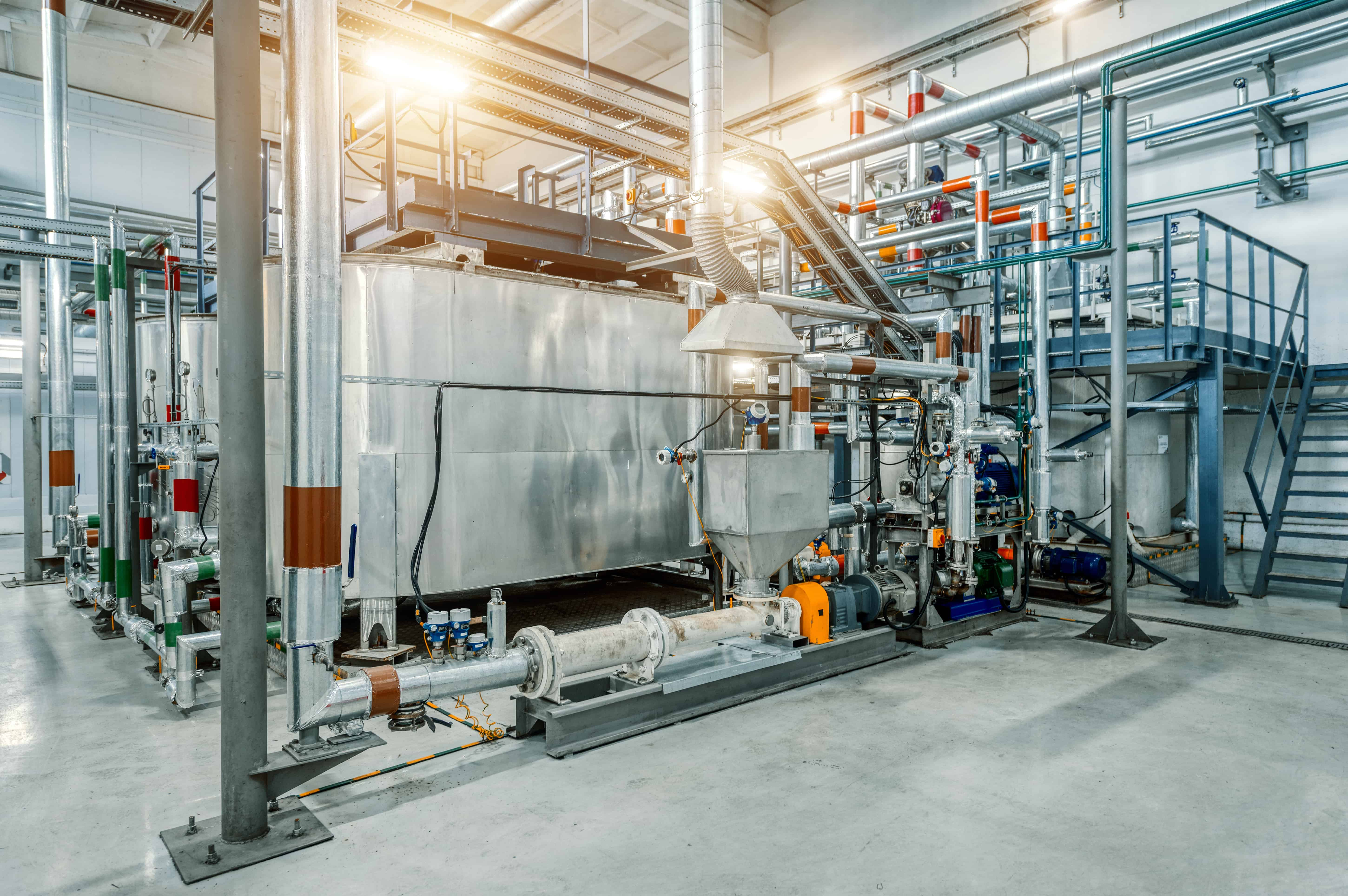 Online viscosity monitoring for quality control in emulsions formulation, testing and processing
